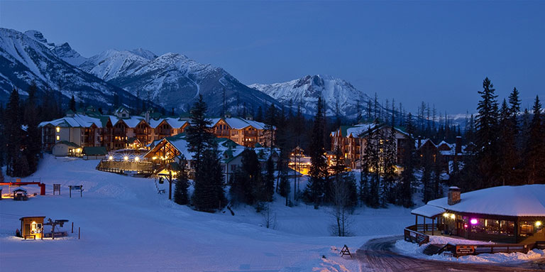Lizard Creek Lodge & Griz Inn at Fernie Alpine Resort