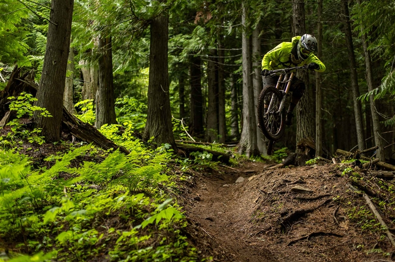 DH Riding the Fernie Bike Park