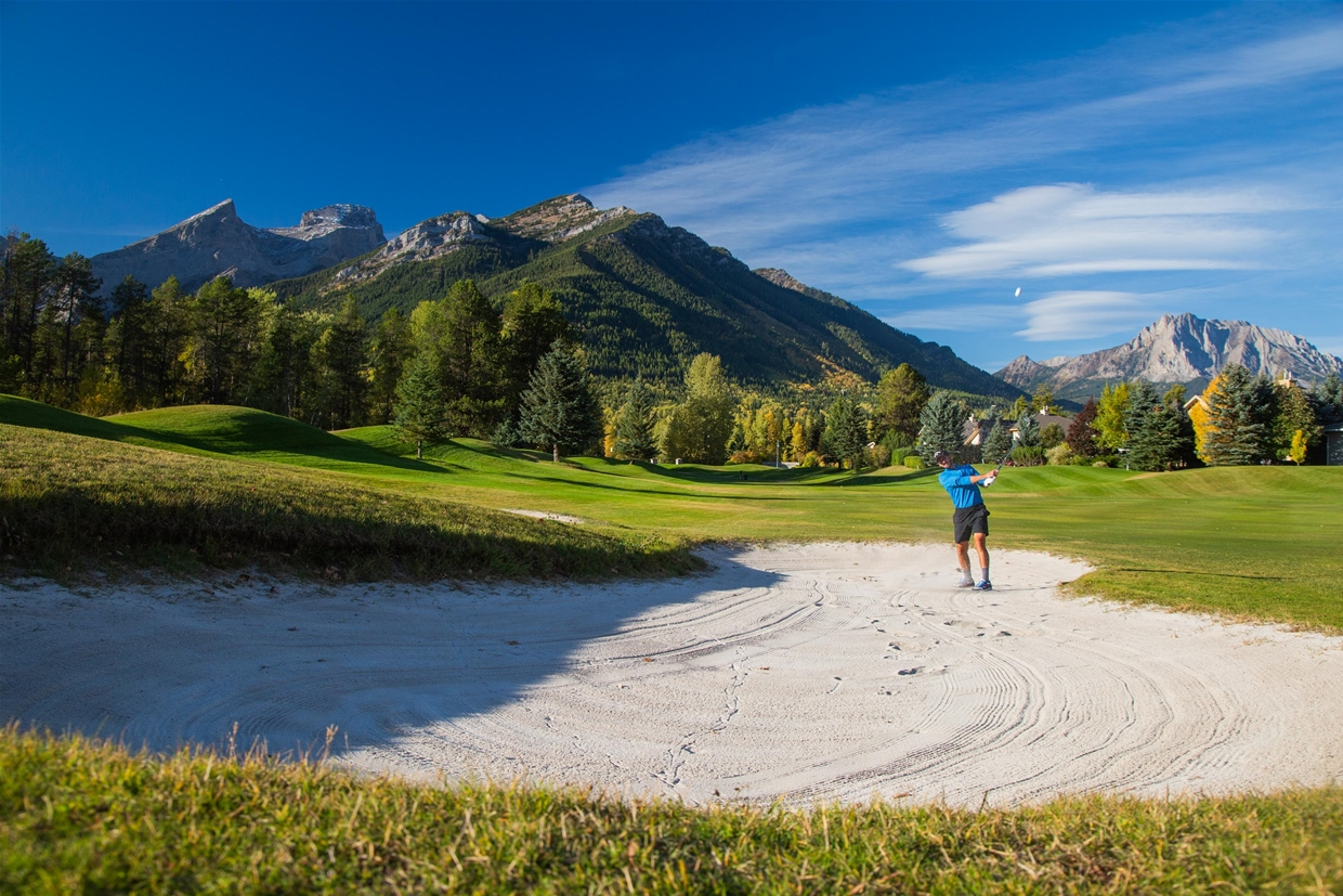 Fall colours over Fernie Golf Club
