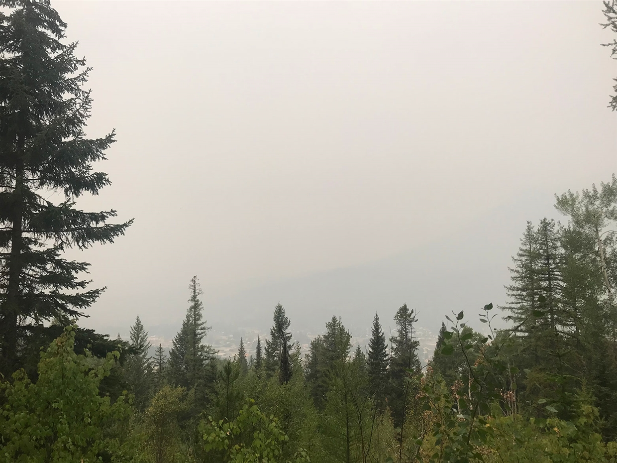 Fernie sky at 10:00am on Sunday August 19, 2018 - Looking West from Ridgemont Trails