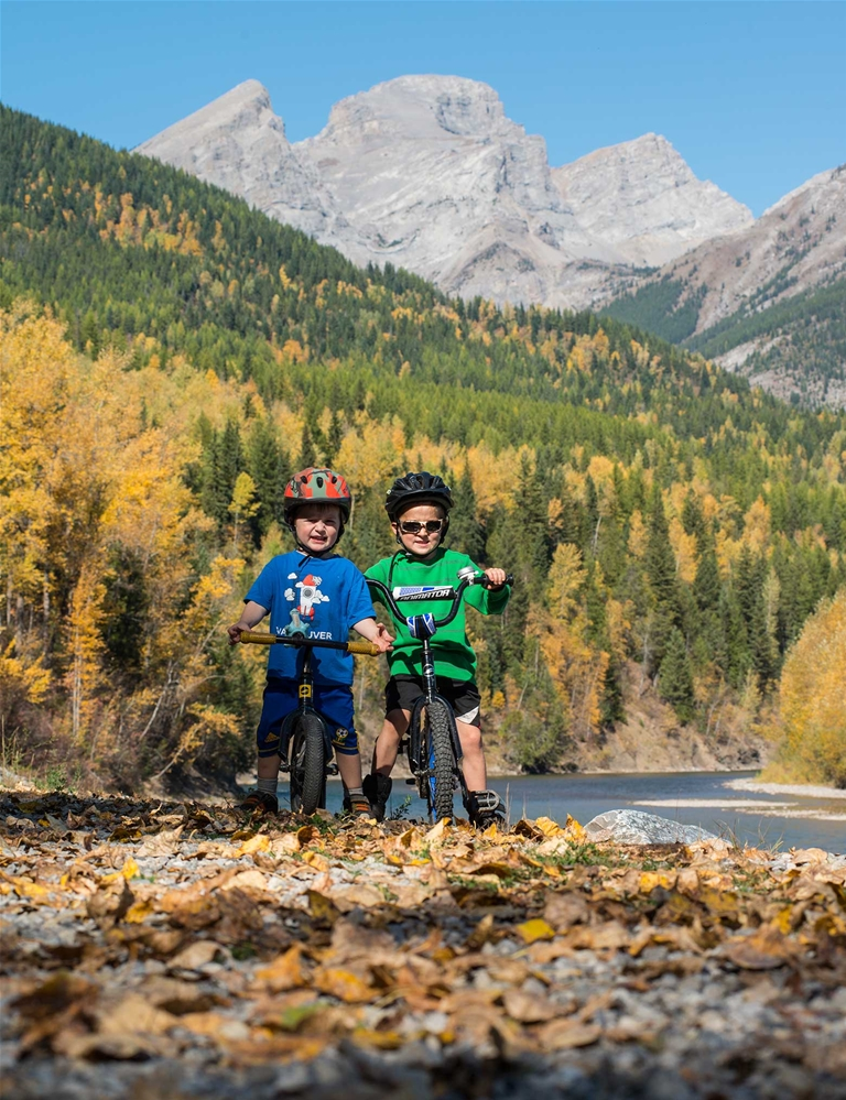 Fall biking with the kids on community trails in Fernie
