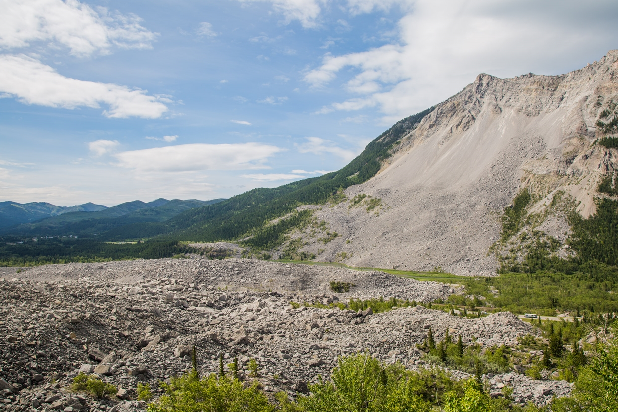 Frank Slide - Canada's Deadliest Rock Slide