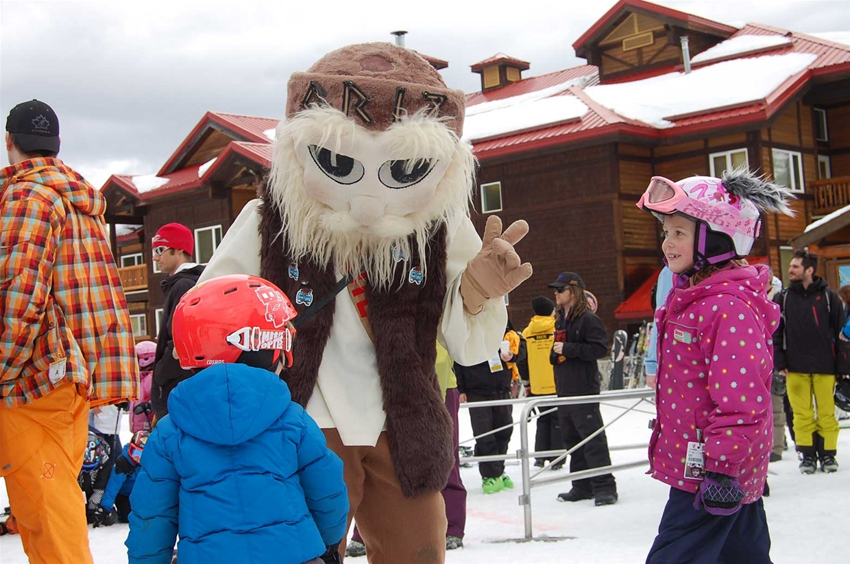 Griz Days Festival - Mascot hanging out with the kids