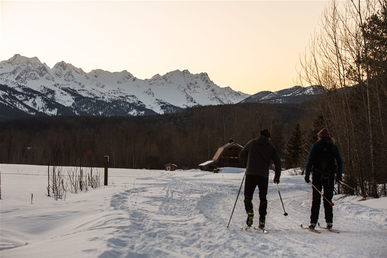 Cross-country skiing in Montane