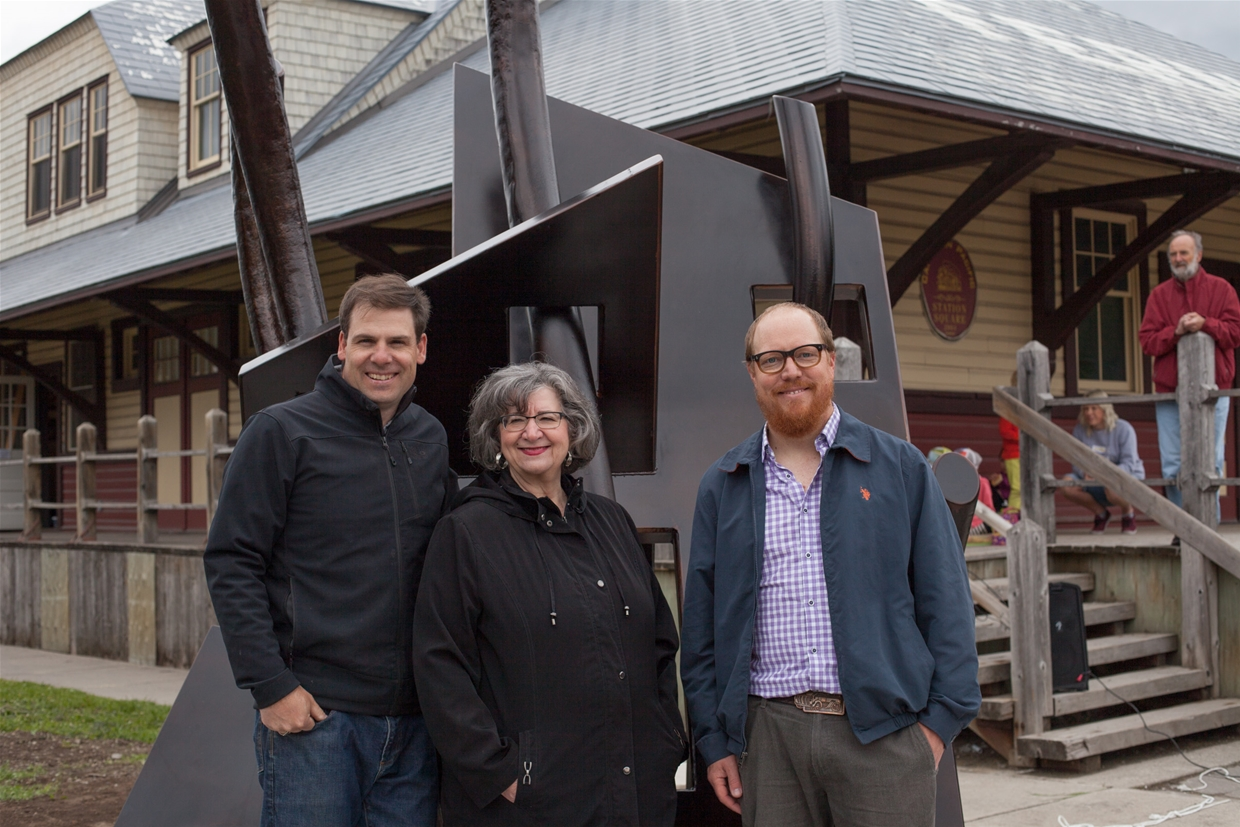 Artists, Michael Hepher & Paul Reimer with Fernie Mayor Mary Giuliano