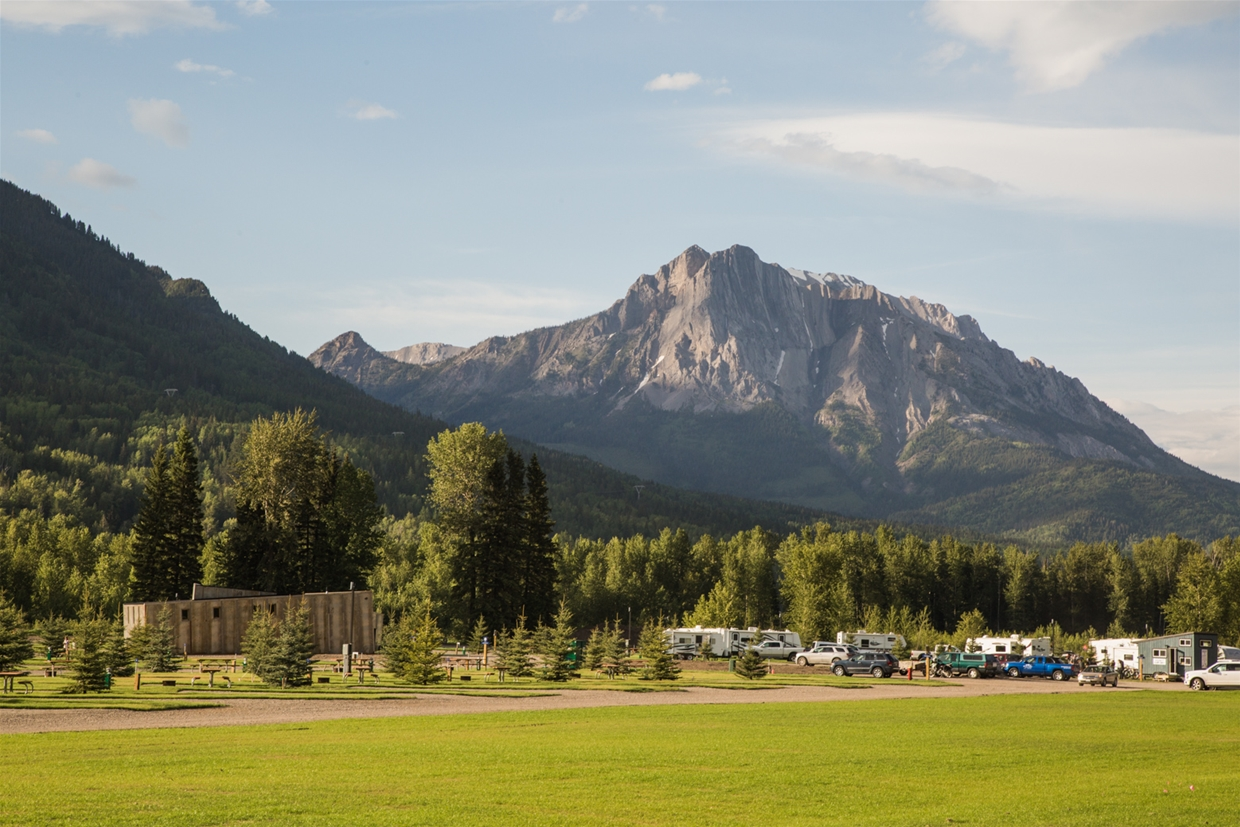Fernie RV Resort - Overlooked by the iconic Ghostrider shadow on Mt. Hosmer