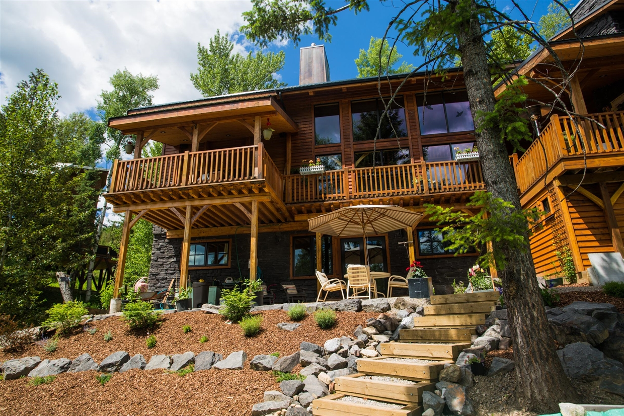 Twisted Timber Bed & Breakfast