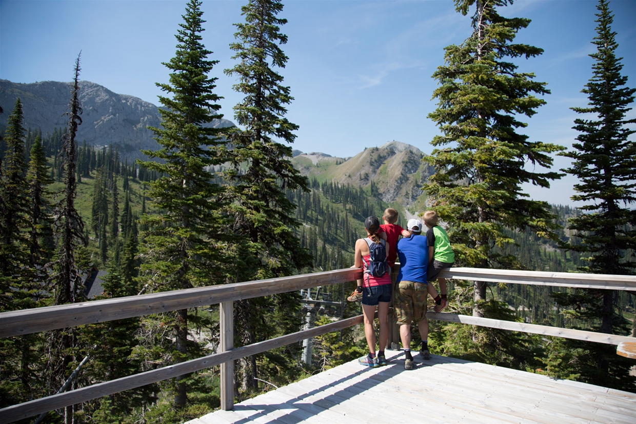 Hiking at Fernie Alpine Resort