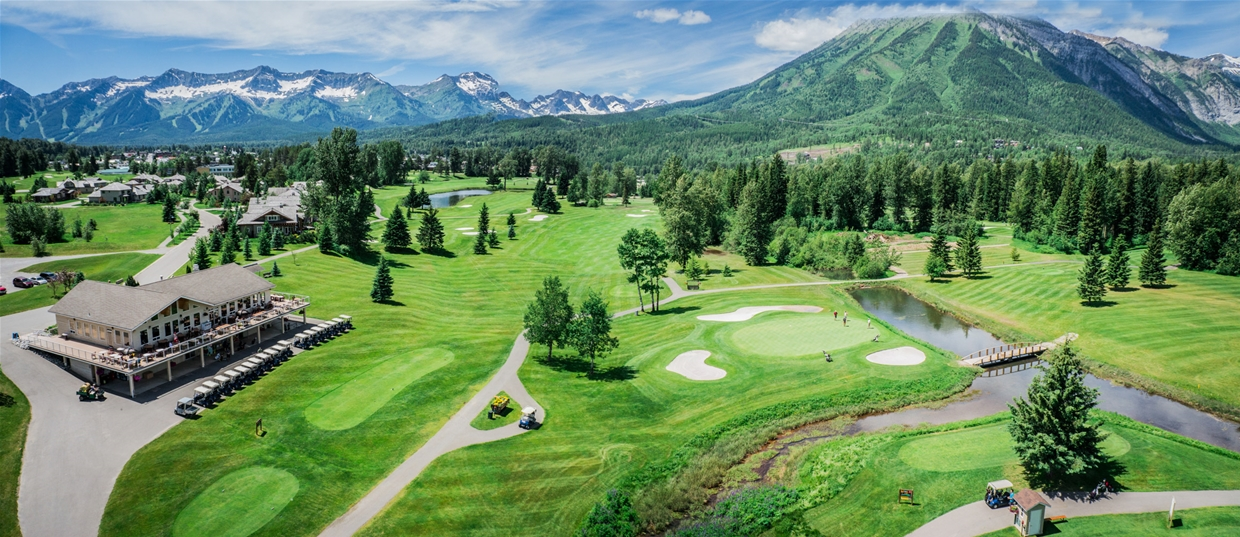Fernie Golf & Country Clubhouse