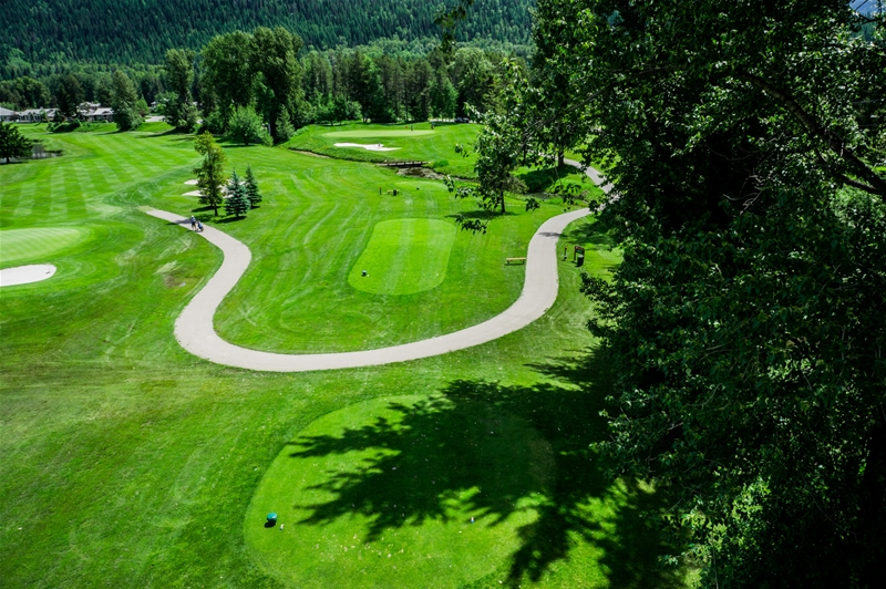 Fernie Golf & Country Club - Hole 11