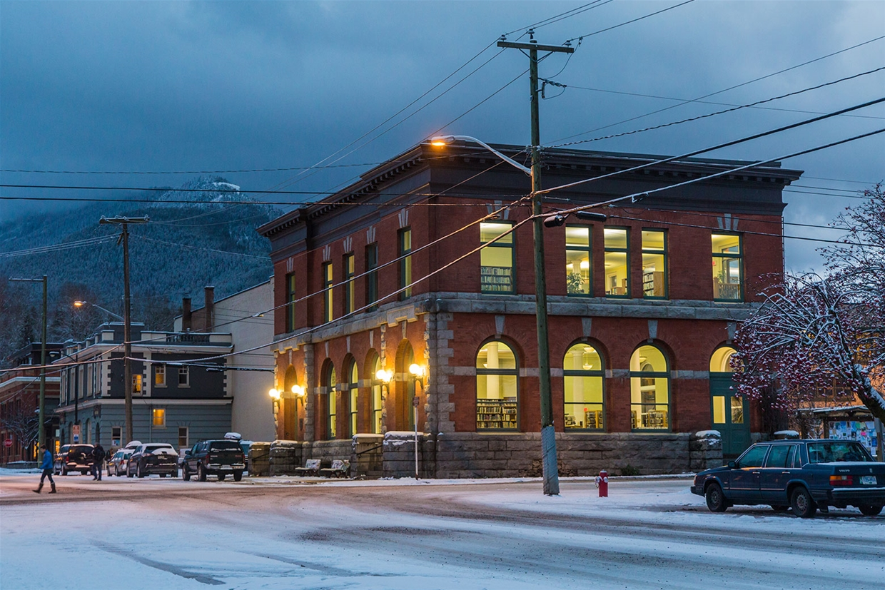 Winter evening at the Fernie Library
