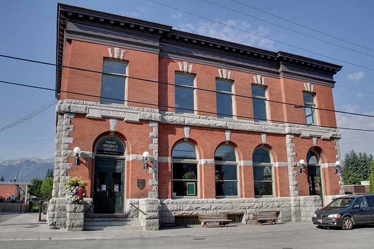 Fernie Heritage Library