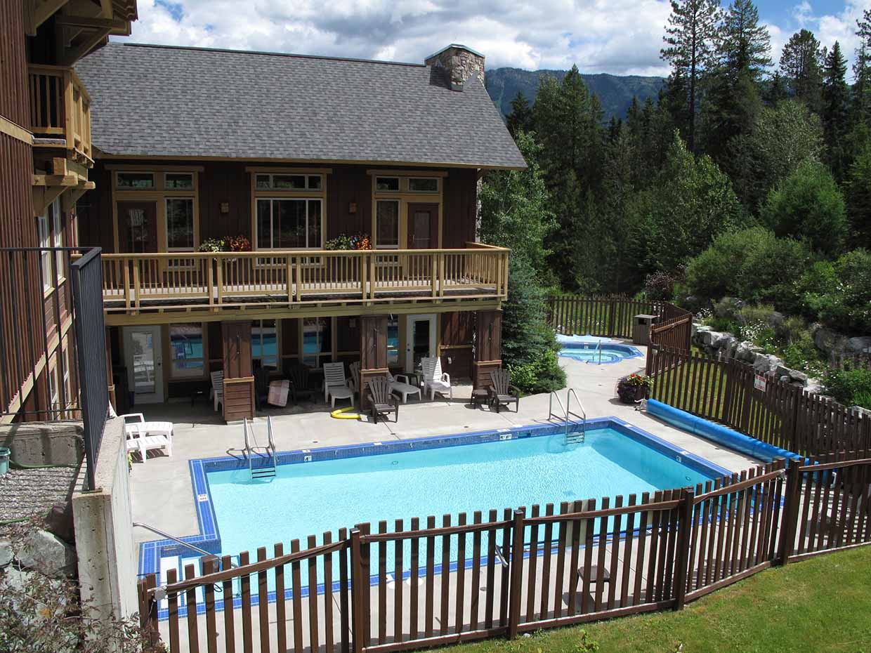 Timberline Lodge - Outdoor Pool & Hot Tub