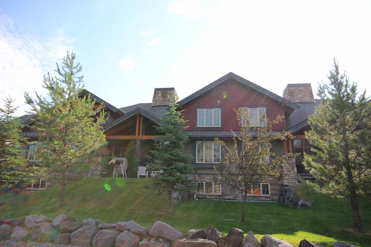 Pinnacle Ridge Chalets