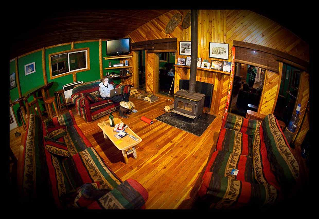 Cozy FWA Catskiing backcountry lodge