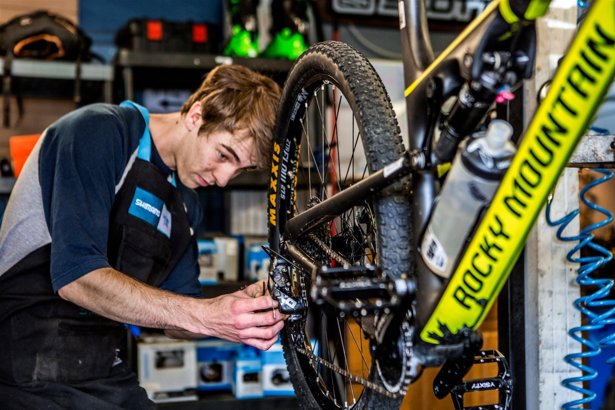 Bike tuning and repair service available in store