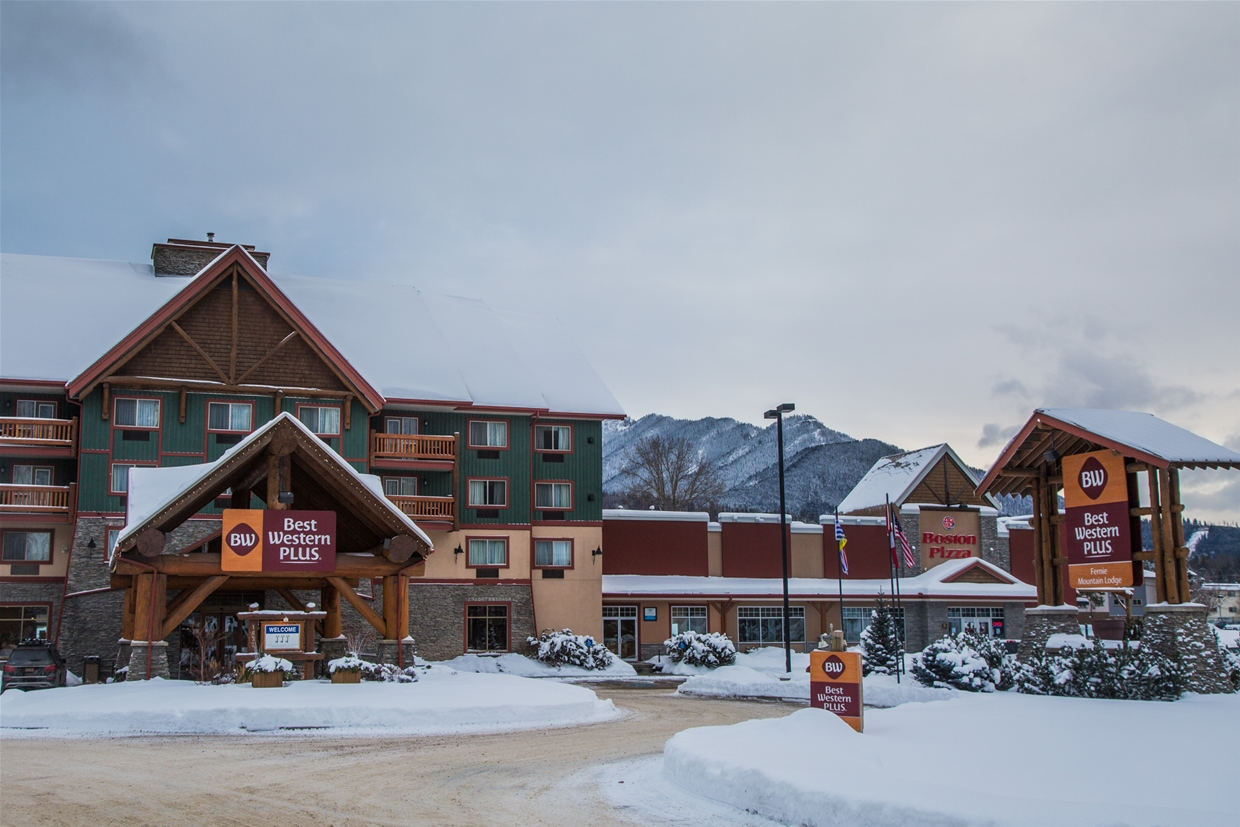 Best Western Plus Fernie Mountain Lodge in Winter