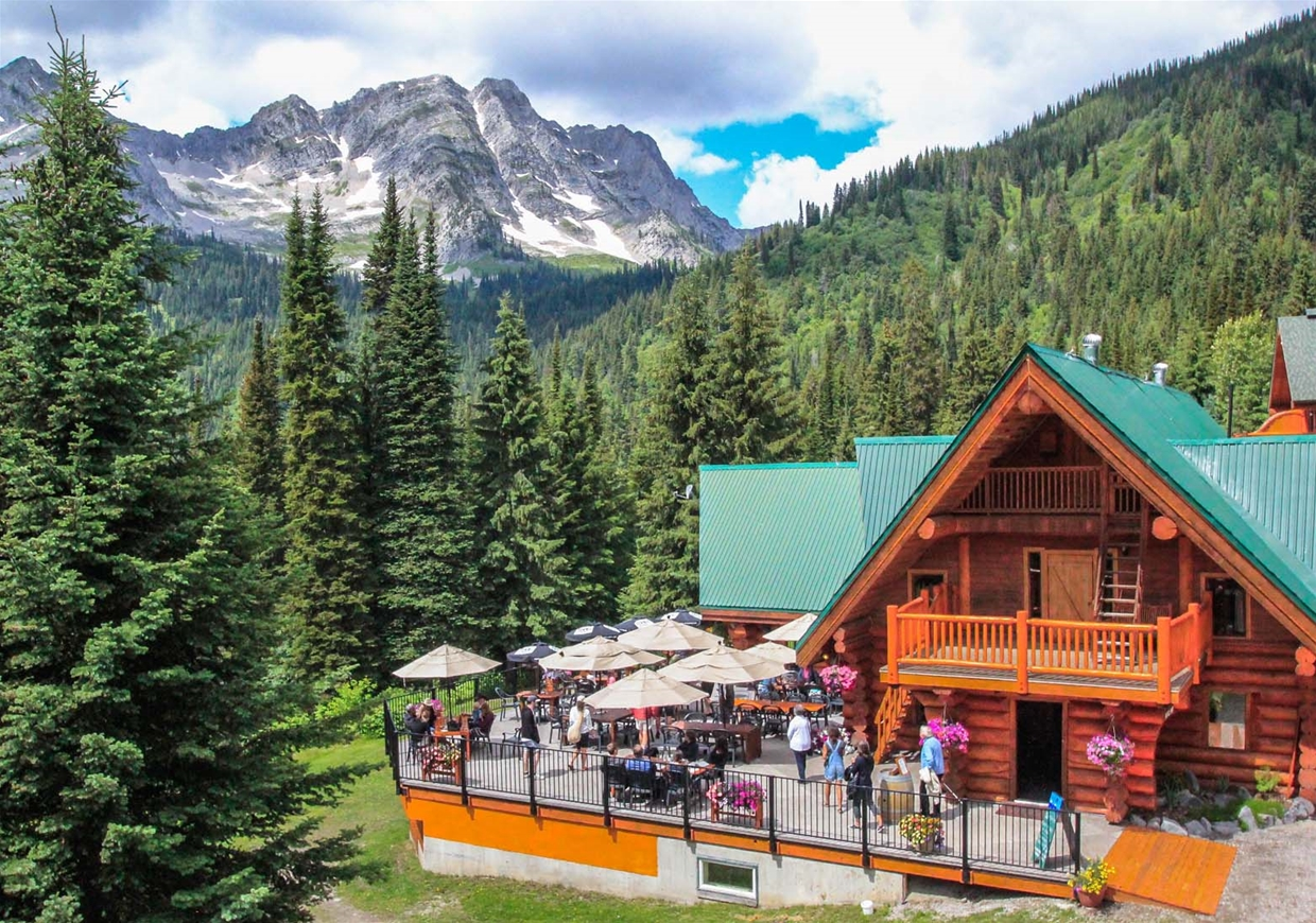 Island Lake Tamarack Lodge Fernie