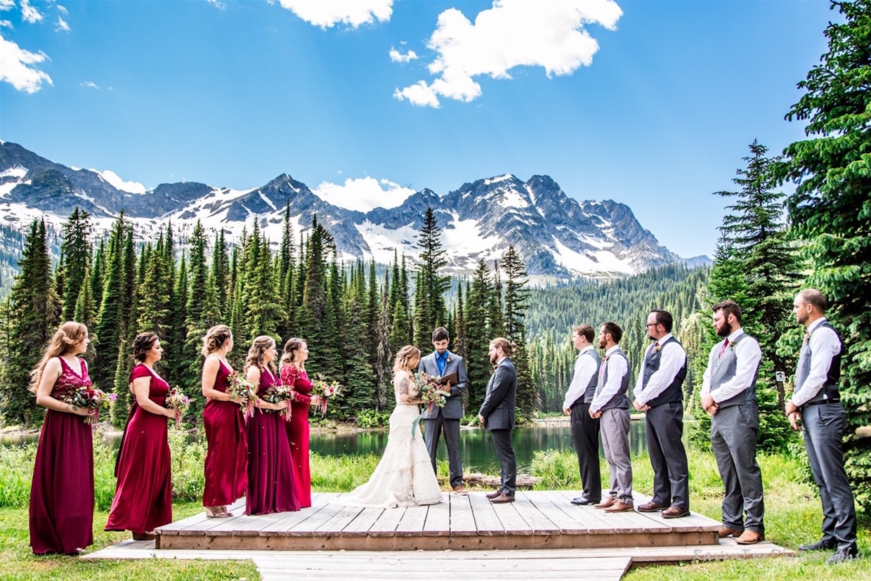 Wedding Ceremony at Island Lake Lodge