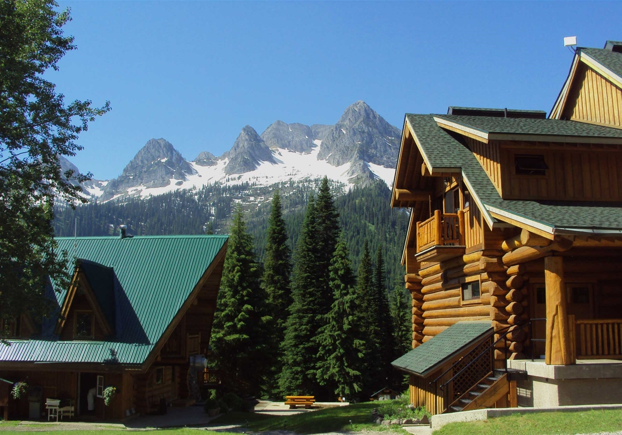 The Lodges at Island Lake Lodge