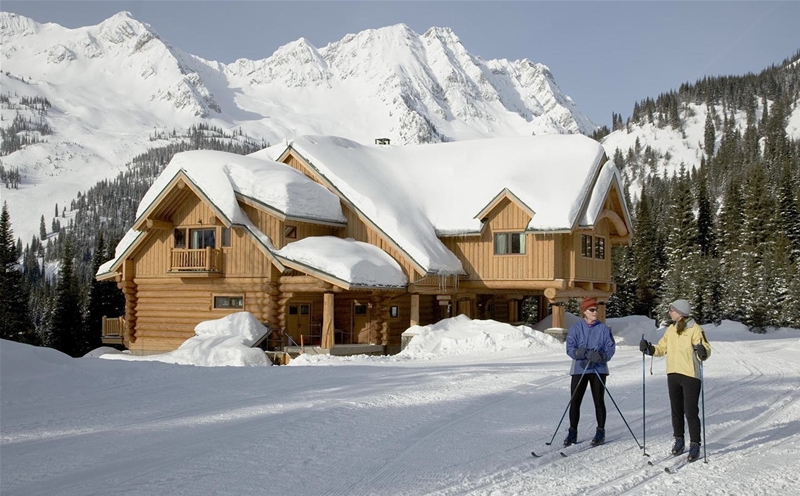 Relish in the beauty of Island Lake Lodge on a relaxing cross country ski