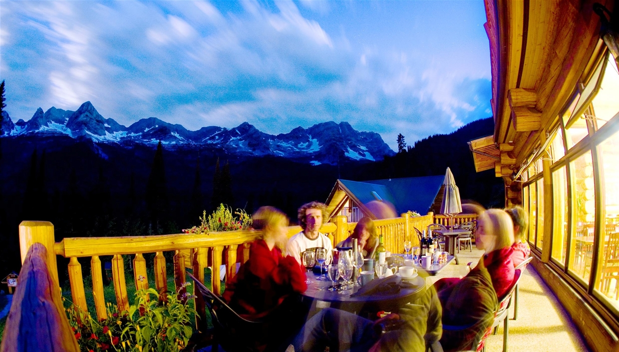 Island Lake Lodge Gourmet Restaurant & Patio