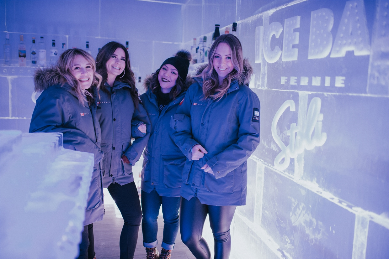 Ice Bar at Cirque Restaurant - Eva Grace Photography