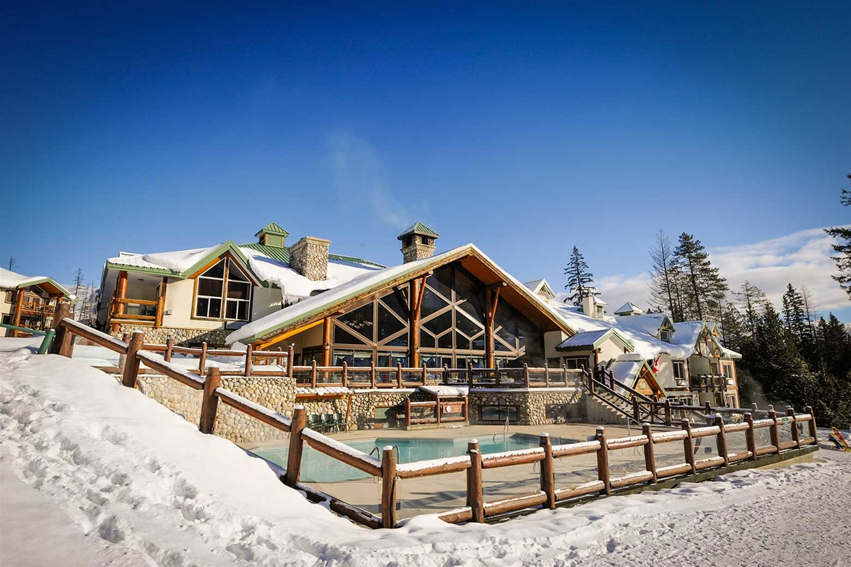 Lizard creek lodge at fernie alpine resort for The alpine lodge