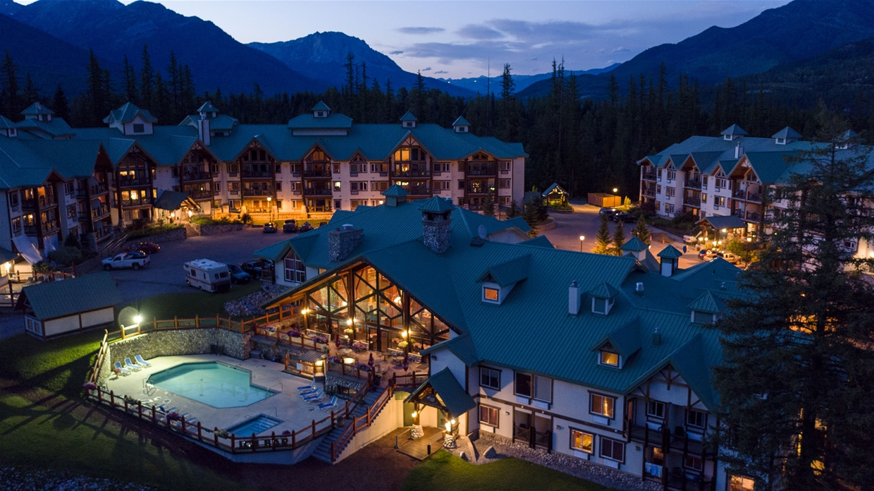 Evening summer aerial View of Lizard Creek Lodge