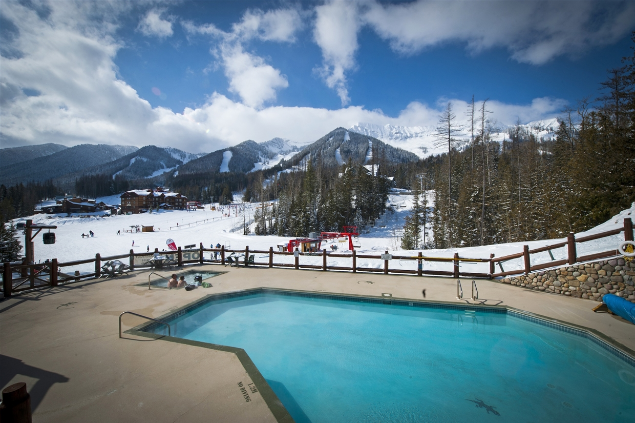 Lizard Creek Lodge - enjoy the view from the pool and hot tubs!