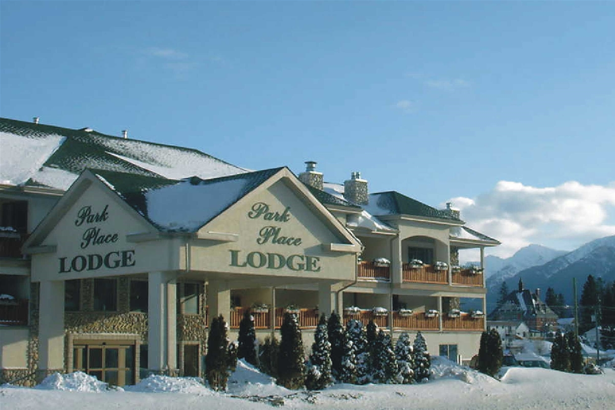 Places to Stay Fernie BC - Park Place Lodge in Winter Season