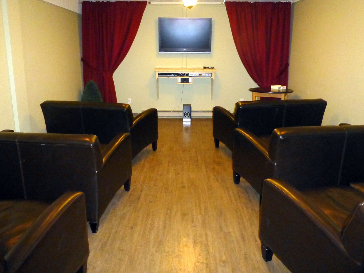 Movie Room with free rentals